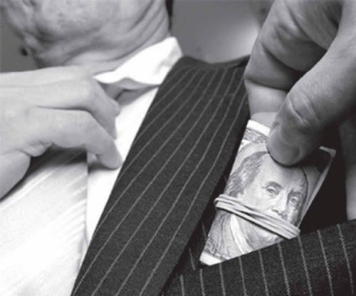 На долю 1% самых богатых россиян приходится 71% всех личных активов в России