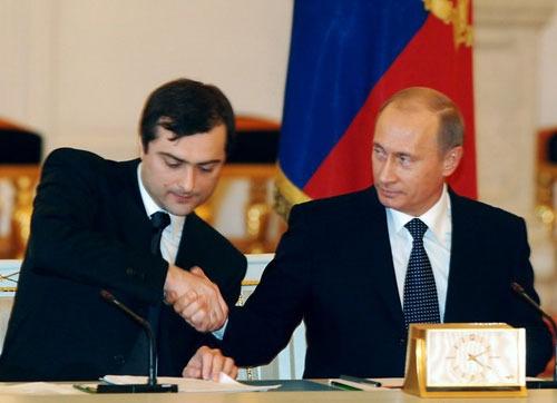 Жесткий антиоппозиционный курс привел к разногласиям в Кремле