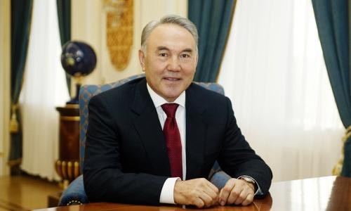 Назарбаев подписал указ опереходе налатиницу до 2025г.